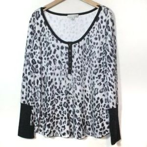 Luukse leopard print Henley thermal lounge shirt